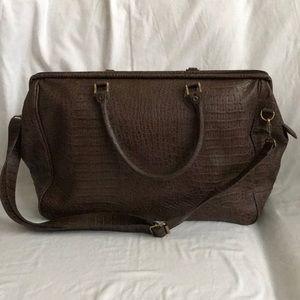 BUENO large weekender bag- shoulder strap- handles